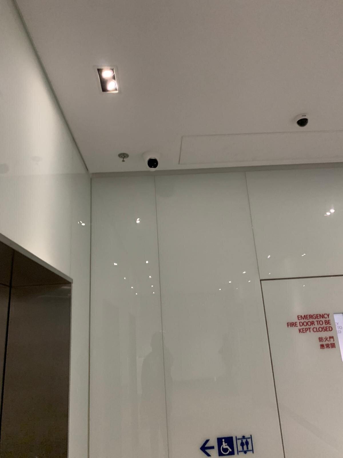 Body Temperature Screening Solution Setup References-Mall Entry with Ceiling Mounted